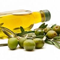 「もこみち」が広めた!オリーブオイルの効能やダイエット・健康効果を検証