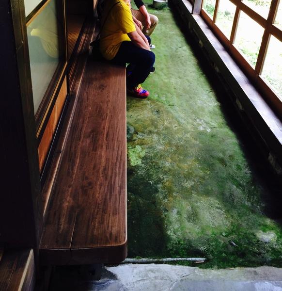 まったり庵の縁側