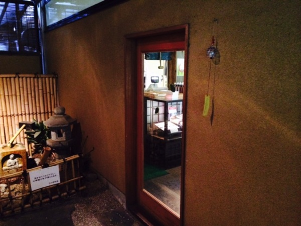桔梗屋本社工場にある「水琴茶堂」では蕎麦がおいしい