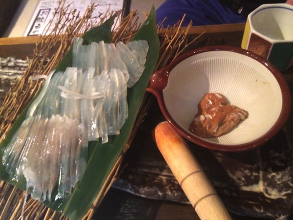 新鮮なイカが食べられる渋谷イカセンター