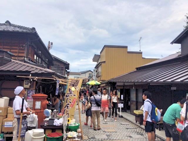 川越菓子横丁の通りを撮影