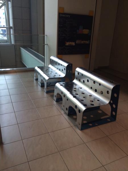札幌駅の駅ビルでノマド作業できるベンチ
