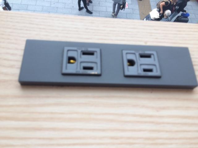 浅草で無料Wi-Fi・電源を使ってPC作業できる施設