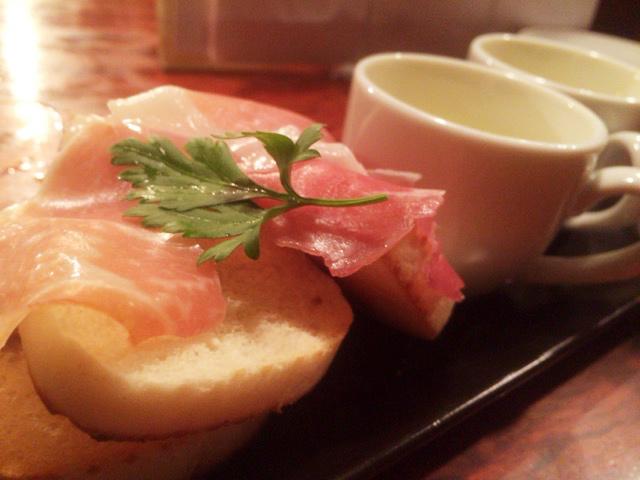 【渋谷】コックマンは料理もうまくてお酒も安い。ハイボール400円