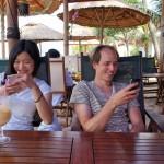 会社を辞めて海外でアプリ起業!「どこでも仕事」をめざす国際結婚ペアの共同作業がステキだった件