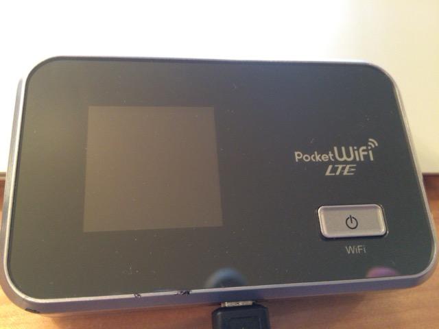 simフリーのモバイルWi-Fiルーター「gl06P」