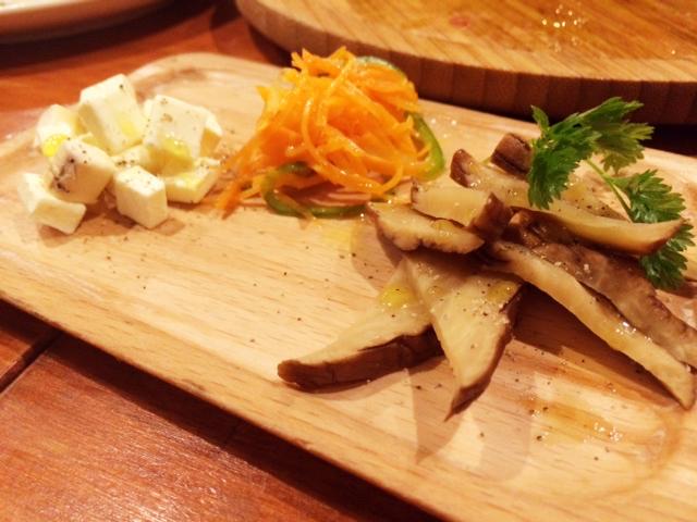 渋谷「バル克 hanare」は料理も美味しいし、無料Wi-Fiも飛んでて