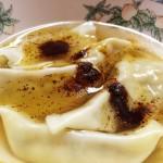 宇都宮での水餃子の食べ方「醤油、ラー油を水の中にぶっかける」:実際に香蘭 (コウラン)で食べてみた